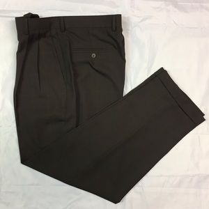 Claiborne 32/30 Pleated Brown Checkered Pants
